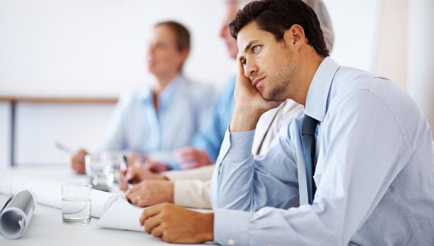 Почему сотрудники игнорируют внесение данных в CRM?